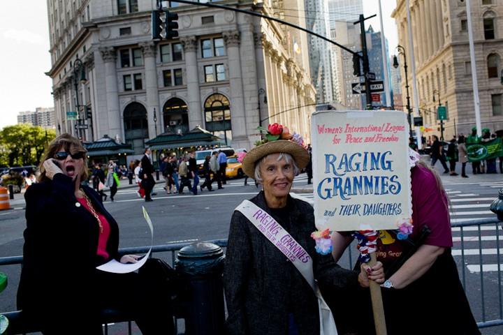 http://carlottazarattini.com/files/gimgs/th-33_occupy19.jpg