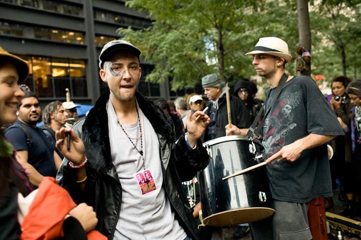 http://carlottazarattini.com/files/gimgs/th-33_occupy22.jpg