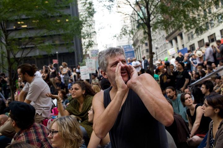 http://carlottazarattini.com/files/gimgs/th-33_occupy6.jpg